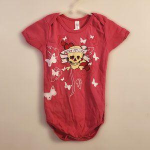 ⭐Born to Love pink 12-18 month onesie